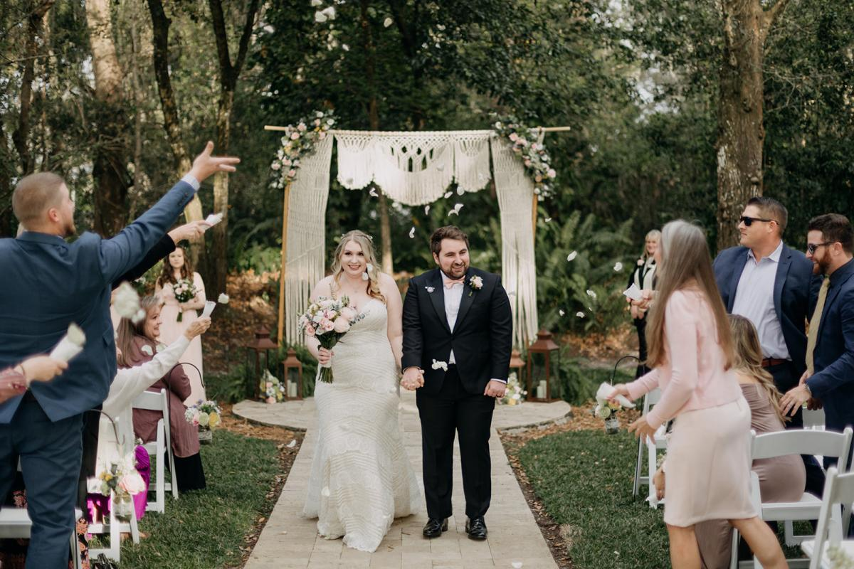 Grant and Sarah are married!