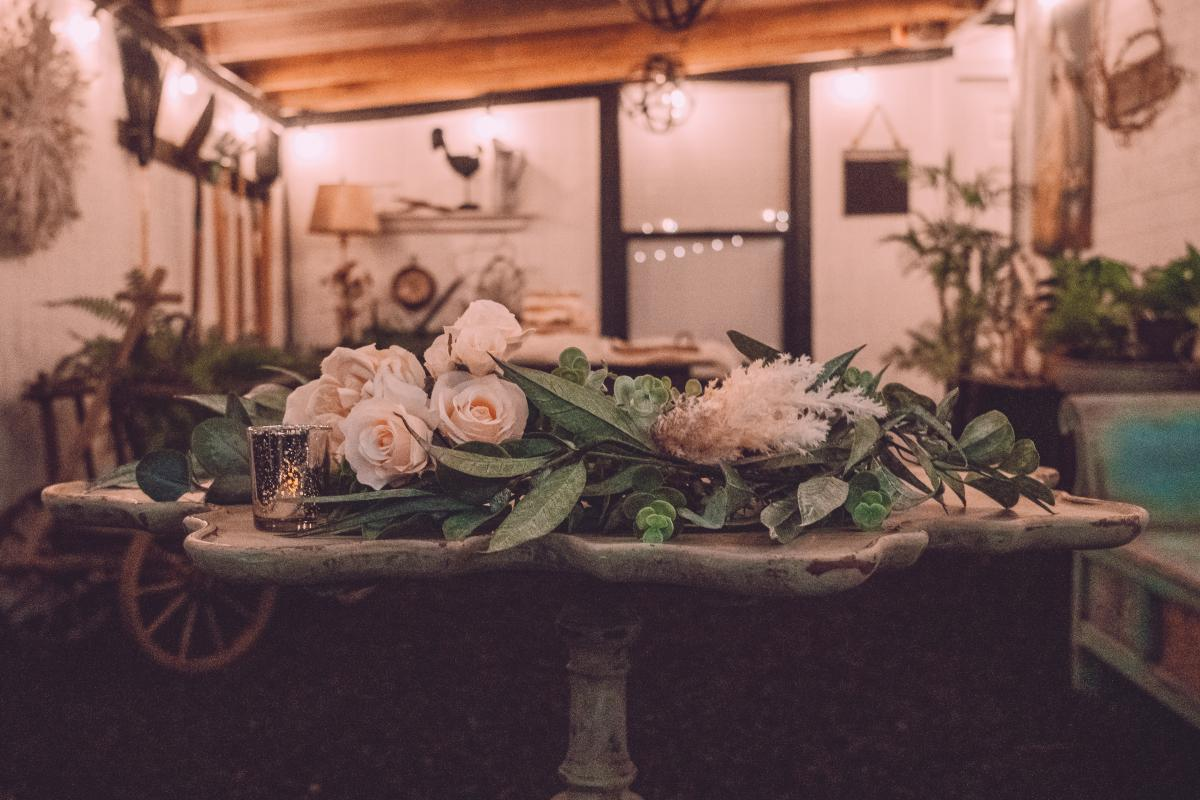 Boho garden wedding details