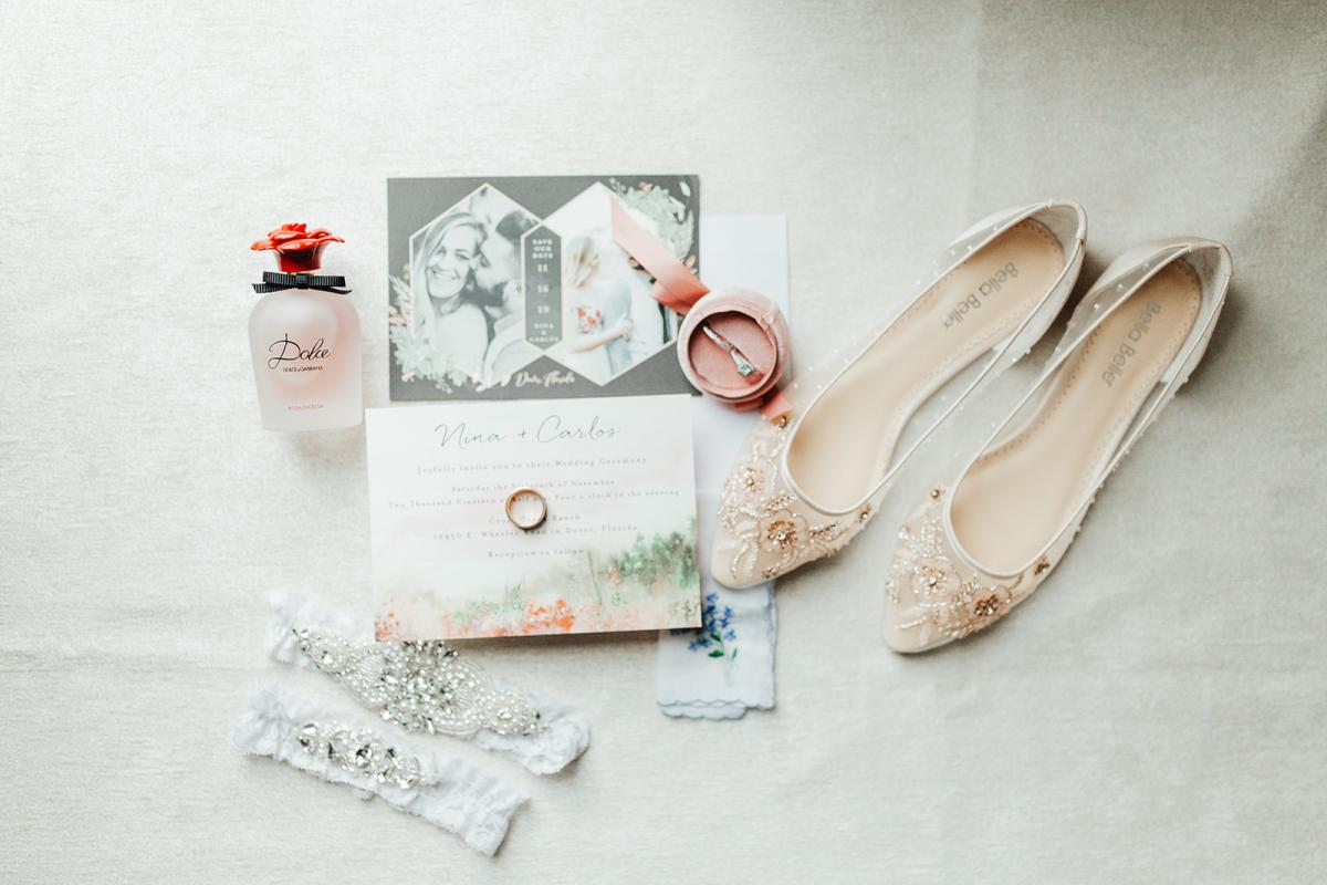elegant and traditional wedding details