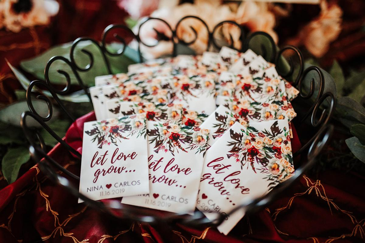 Let Love Grow flower seed guest favors