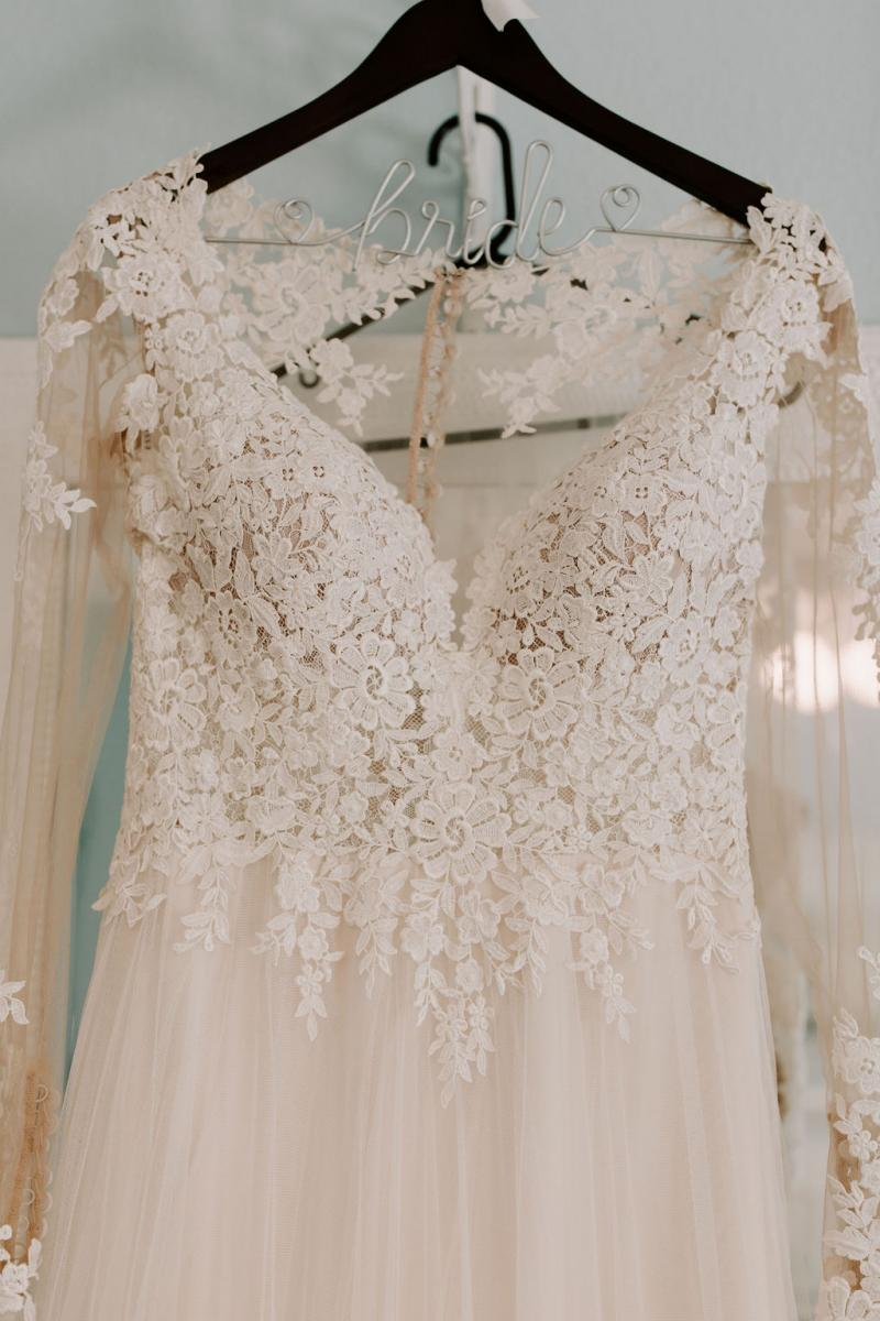 Bella's Essence of Australia wedding dress