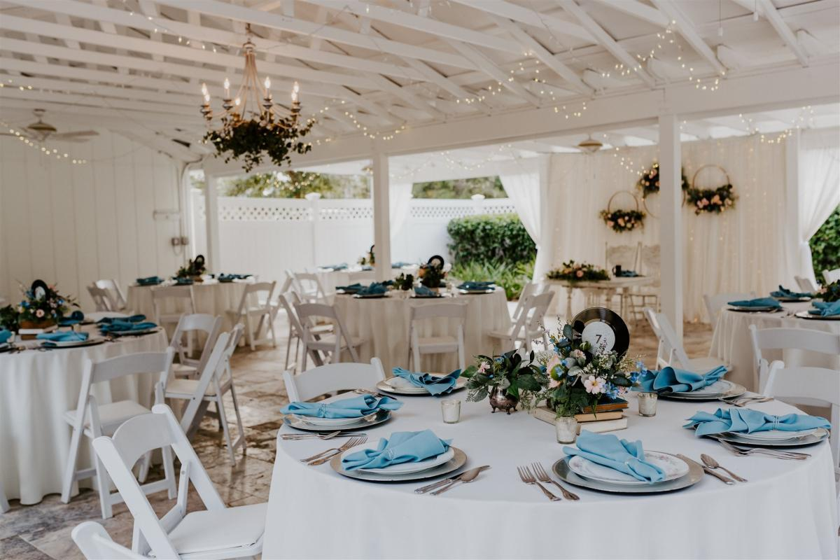 vintage style wedding reception