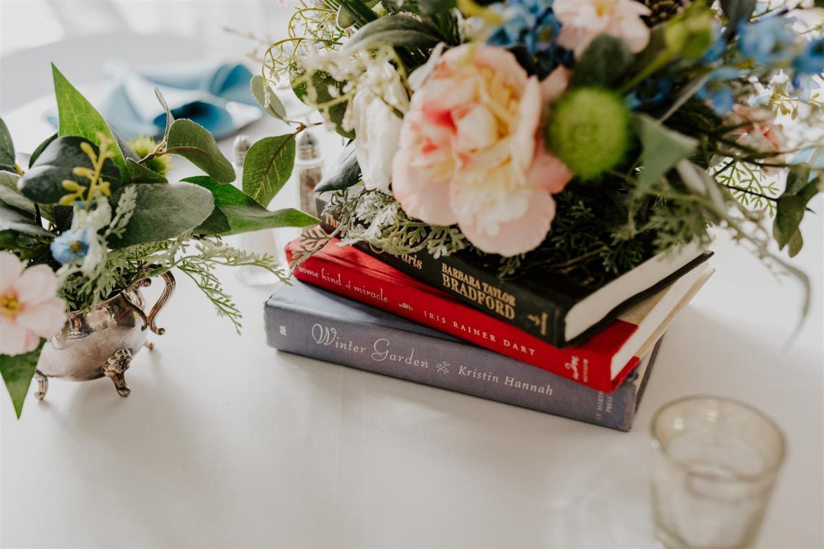 Book themed wedding reception